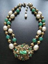 Vintage Miriam Haskell Baroque Pearl molded peking glass necklace