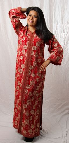 Artemis Imports - Belly Dance Store - Vintage Caftan in Red and Gold, $140.00 (http://www.artemisimports.com/vintage-caftan-in-red-and-gold/)