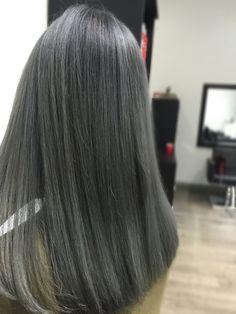 Icy Blue Hair, Silver Grey Hair, Hair Color Dark, Dark Hair, Natural Hair Styles, Short Hair Styles, Funky Hairstyles, Scene Hair, Hair Goals