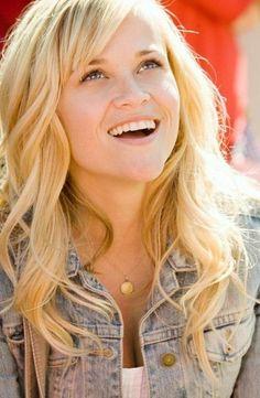 reese witherspoon 2013 haircut   Reese Witherspoon Hairstyle Short Medium Long Wavy Curly Straight