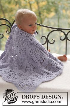 "Ravelry: Crochet blanket in 2 threads ""Alpaca"" pattern by DROPS design - free pattern bobble granny square crochet blanket"