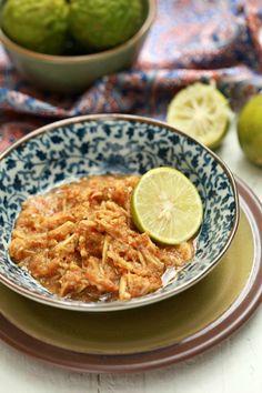 Ini ita kongsikan pula resepi Sambal Belacan Mangga Muda yang ita makan bersama sayur lemak taugeh tadi bersama ikan goreng dan satu lagi...