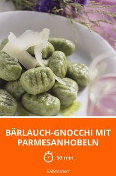 Bärlauch-Gnocchi mit Parmesanhobeln - smarter - Zeit: 50 Min. | eatsmarter.de
