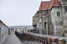 Castelul Corvinilor (Castelul Huniazilor) Homeland, Castles, Mansions, House Styles, Gothic Castle, Mansion Houses, Manor Houses, Fancy Houses, Chateaus