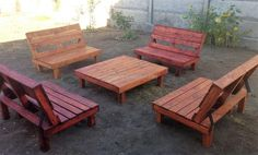 If any person doesn't want to spend money on buying the furniture for outdoor, then he/she should arrange the pallets and turn them into outdoor furniture like the idea shown here. The idea is simple to copy and it will fulfill the seating needs.
