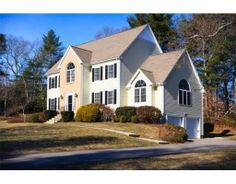 2 Mason Pl, Foxboro, MA 02035 — FIRST OPEN HOUSE, THURSDAY, MARCH 27th (5-7 pm!) *twilight tour*  HERE it is..the HOME you've been waiting for!! OPEN FLOOR plan, LARGE 1st FLOOR LAUNDRY room, FINISHED BASEMENT with RECESSED lighting, BUILT-INS and HALF BATH, GORGEOUS family room with FIREPLACE and LOTS of WINDOWS, ENORMOUS kitchen with BRAND NEW STAINLESS STEEL APPLIANCES, WOOD FLOORS, CROWN MOLDING, WAINSCOTING, and a 10x7 WALK IN closet in the MASTER! (Sweet!) Situated on the CORNER LOT in…