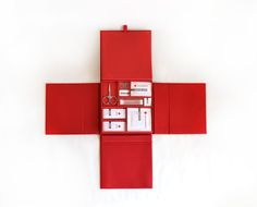 Absolutely perfect in every way. Red Cross Promotional Kit by Mary Doty, via Behance Don Du Sang, International Red Cross, Cross Pictures, American Red Cross, Catalog Design, Cross Designs, Packaging Design, Behance, Design Inspiration