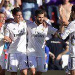 Real Madrid goleó a Levante y da pelea en La Liga española