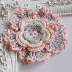 This listing you will receive an crochet flower in White, Lt pink, Lt Gray size in 3 If You need a custom order, please leave note to me.