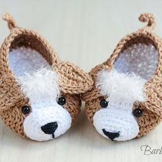 DSC_1692 Booties Crochet, Crochet Cowboy Boots, Crochet Baby Boots, Crochet Baby Clothes, Crochet For Boys, Crochet Shoes, Crochet Slippers, Crochet Yarn, Baby Boy Booties