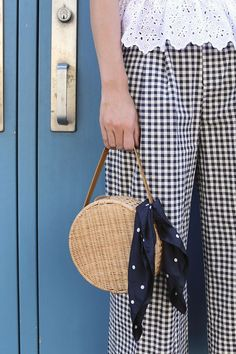 S in Fashion Avenue: BACK TO SCHOOL ( TO REALITY)