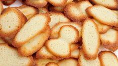 Biscuiţi de casă şpriţaţi - fragezi, deosebit de delicioși și aromați. Fă-i după rețeta asta simplă din 5 ingrediente ca să-ți iasă la fel ca la mama acasă!
