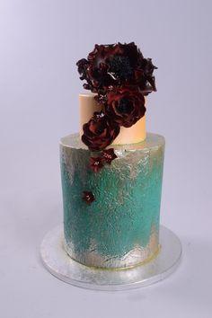 Sugar Art by Dylan Hale- Modern Teal and Gold Wedding Cake Fondant Cakes, Cupcake Cakes, Cupcakes, Beautiful Cakes, Amazing Cakes, Metallic Cake, Green Cake, Modern Cakes, Valentine Cake
