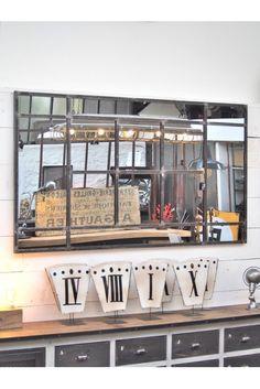 Très grand miroir industriel rectangulaire de grande taille, pour mettre en valeur un meuble ou une pièce