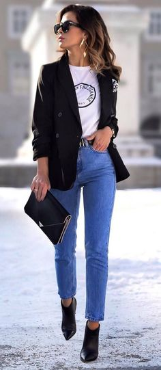 what to wear with jeans black jacket + tee + bag + heels