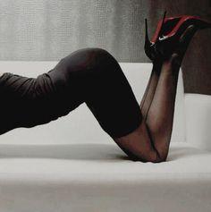 with girls girls girls flirt Poses Boudoir, Boudoir Photography Poses, Erotic Photography, White Photography, Fotografia Sexy, Photo Poses, Sexy Legs, Photoshoot, Fashion Clothes