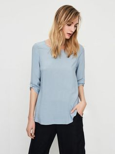 HIGH-LOW 3/4 SLEEVED BLOUSE