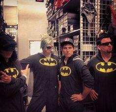 Marianas Trench and Batman... life = made.