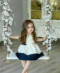 If you are lucky to have a baby girl or boy, you can easily understand power of baby charm. Cute babies are nothing less than marvels of joy. Why people love So Cute Baby, Cute Baby Girl Pictures, Cute Little Girls, Baby Girl Photos, Baby Girl Dresses, Baby Dress, Girl Outfits, Fashion Kids, Beautiful Children