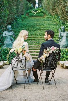 This shoot is so beautiful! Fall in love with film photography with this gorgeous fine art wedding inspiration shoot by Lena Karelova. Wedding Wows, Wedding Film, Wedding Photos, Dream Wedding, Wedding Blog, Wedding Reception, Wedding Ideas, Fine Art Photography, Wedding Photography