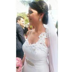 www.evacardona.com  Eva Cardona weddingdress #evacardona #couture #dress #vogue #bridal #wedding #boho #romantic #bohowedding #adlib #weddingdress #vintage #vintagedress #handmade #glam #bloggers #luxury #designer
