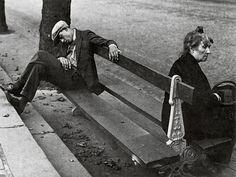Brassai/ Montmartre/ 1930 y 1931 British Journal Of Photography, History Of Photography, Street Photography, Art Photography, Famous Photography, Classic Photography, Famous Street Photographers, French Photographers, Robert Doisneau