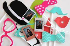 Snorren, brillen, hoedjes: met deze foto-props maak de leukste foto's!