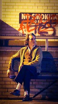 Joaquin Phoenix as Joker Joaquin Phoenix, Der Joker, Joker Batman, Joker Poster, Poster S, Fotos Do Joker, Joker Phoenix, Dc Comics, Joker Film