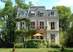 Villa Carioca, chambres d'hôtes de charme à Maisons-Laffitte près de Paris