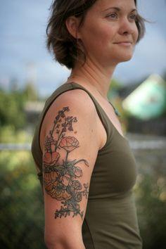 Wonderland Tattoos - Stunning floral arrangement by Kirsten Holliday....