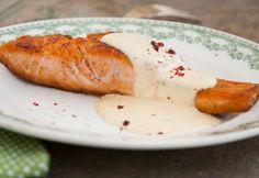14 pofonegyszerű karácsonyi lazacrecept | NOSALTY Vinaigrette, Seafood Recipes, Pesto, Mashed Potatoes, Sausage, French Toast, Bread, Cheese, Breakfast