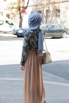 beige and floral #hijab