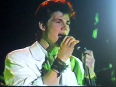 I Ve Been Loosing You- live (1987) - YouTube