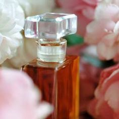 Jak vyrobit domácí parfém