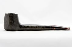 Paronelli Pipe : Pipa Paronelli bog oak canadian fatta a mano Pipes, Art, Hands, Art Background, Kunst, Performing Arts, Pipes And Bongs, Trumpets