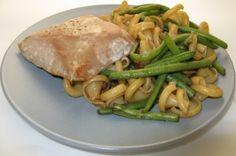 Pâtes aux haricots verts, réduction de vinaigre balsamique et pavé de thon