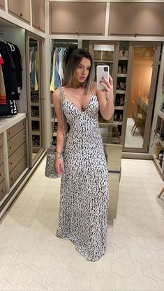 Looks Party, Look Fashion, Fashion Tips, Gowns Of Elegance, Stylish Dresses, Dress Outfits, Ootd, Style Inspiration, Elegant