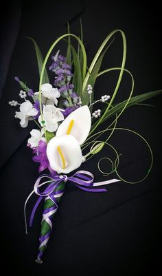 Mother of the Bride calla lily buttonhole