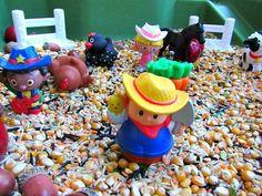farm sensory tub