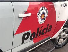 Bandidos tentam arrombar o Banco do Brasil no campus da Unesp em Rubião Junior -     A Polícia Militar registrou na tarde deste sábado, dia 25, uma tentativa de arrombamento ao Banco do Brasil, agência de Rubião Junior, que fica no Campus da Unesp. Segundo informações apuradas pelo Acontece Botucatu, indivíduos entraram na agência, chegaram ao cofre, mas não - http://acontecebotucatu.com.br/policia/bandidos-tentam-arrombar-o-banco-brasil-no-campus-da-unesp
