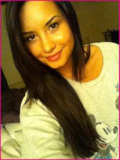 http://www.disneydreaming.com/wp-content/uploads/2011/05/Demi-Lovato-Brown-Hair.jpg