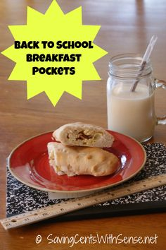 Homemade Breakfast Pockets for #backtoschool #healthy #breakfasts Idea for lunch in this, too.  This would be great for something easy for the kids and their dad to have for lunch before I get home.