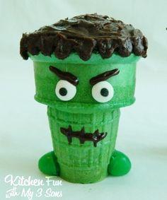 Halloween Creepy Cupcake Cones - Kitchen Fun With My 3 Sons Halloween Goodies, Halloween Snacks, Halloween Cupcakes, Holidays Halloween, Happy Halloween, Halloween Party, Halloween Magic, Cupcake Cones, Fun Cupcakes