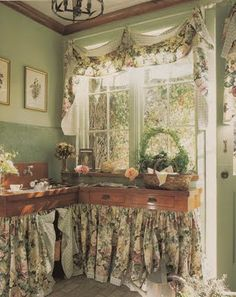 Potting room..this is so adorable!