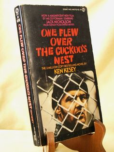 One Flew Over Cockoos Nest by Ken Kesey 1962 Signet 6752 Jack Nicholson Devito