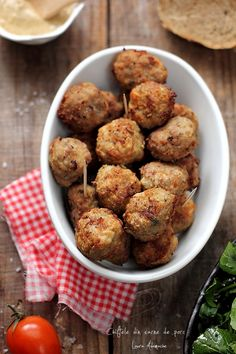 Romanian Food, Food Art, Appetizers, Favorite Recipes, Dinner, Eat, Ethnic Recipes, Balls, Projects