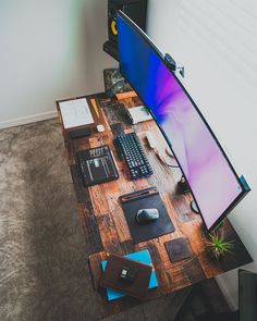 Office Desk Setup Home - Office Setup Desk, Computer Gaming Room, Computer Desk Setup, Gaming Room Setup, Home Office Setup, Home Office Design, Office Desk, Ikea Office, Gaming Rooms