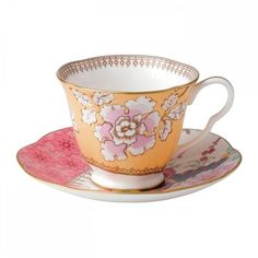 Wedgwood Butterfly Bloom Teacup and Saucer Yellow (355 HRK) ❤ liked on Polyvore featuring home, kitchen & dining, drinkware, wedgwood saucer, tea saucer, wedgwood teacup, wedgwood and wedgwood tea cup