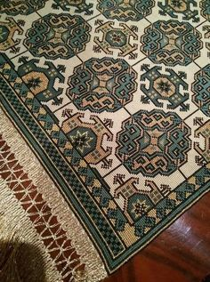 Cross Stitch Embroidery, Embroidery Patterns, Cross Stitch Patterns, Oriental Rug, Needlework, Bohemian Rug, Rugs, Design, Art