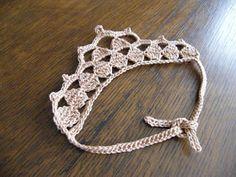 Traditionally Emily: Princess in Disguise Pattern- princess crown Crochet Headband Free, Crochet Crown, Crochet Motif, Crochet Flowers, Crochet Patterns, Crochet Hats, Knitting Patterns, Crown Pattern, Free Pattern